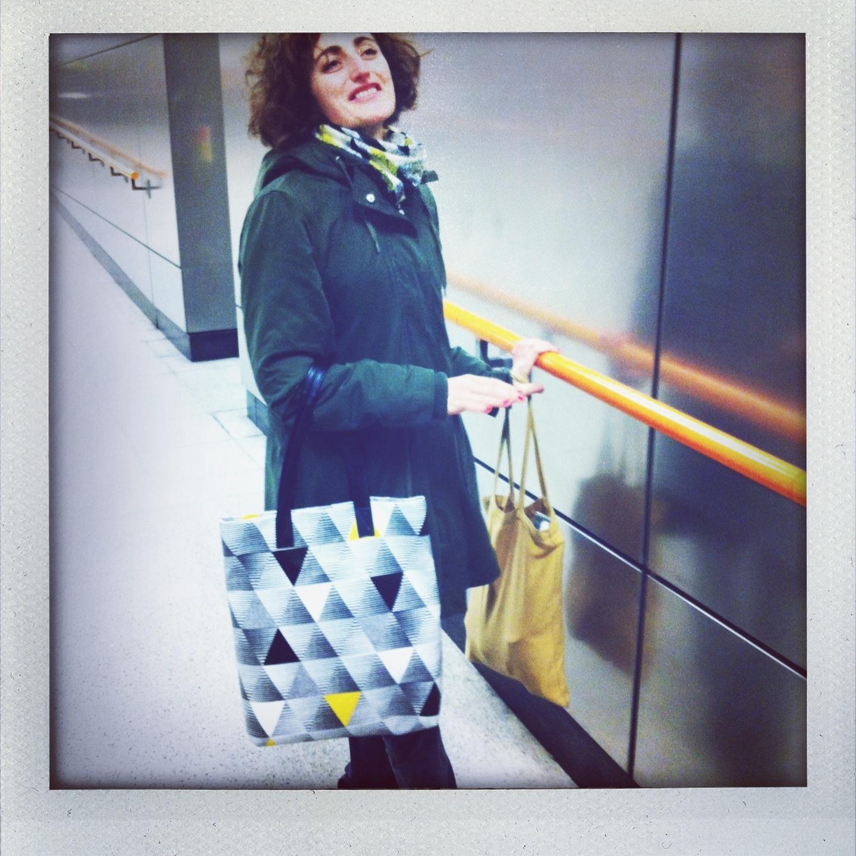 Mury-Shopper-Yellow Triangle-Camilla wearing