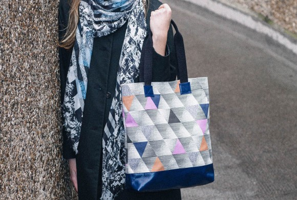 Shopper, in Chestnut Triangle Print