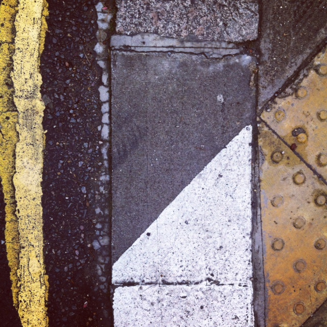 Triangle Asphalt Mury